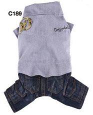ג'ינס וחולצה עם הכיתוב דוגידולי בצבע אפור אלגנט